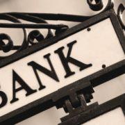 Актуальный рейтинг банков по кредитам физическим лицам