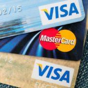 Кредитная карта за границей – использование и особенности выбора