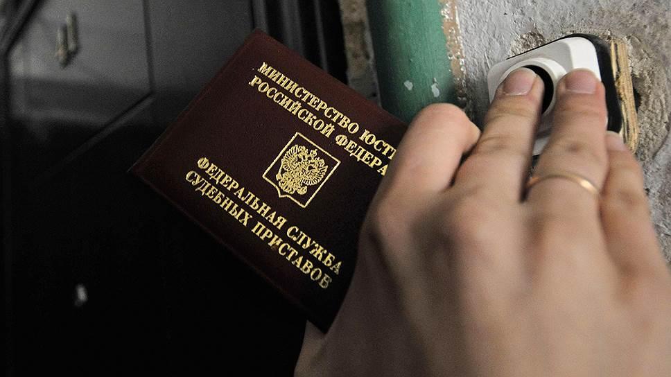 Нужно ли в личные дела сотрудников вкладывать ксерокопии паспортов