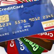 Число кредиток растет